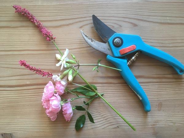 genoptræning med blomsterbinding